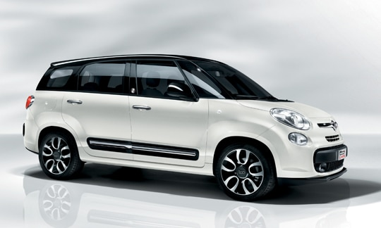 fiat 500l living peut elle concurrencer les monospaces compacts. Black Bedroom Furniture Sets. Home Design Ideas