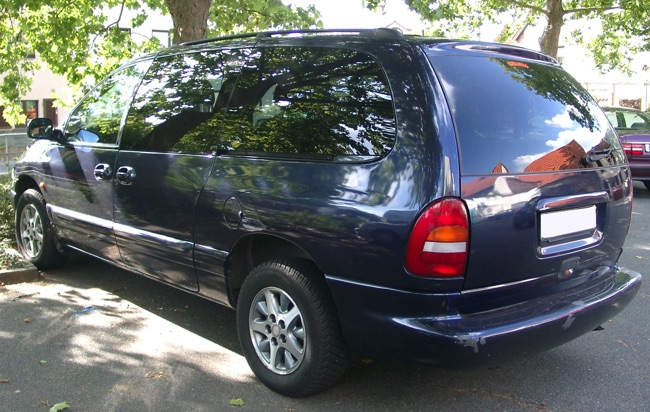 chrysler voyager le v t ran des monospaces 7 places. Black Bedroom Furniture Sets. Home Design Ideas