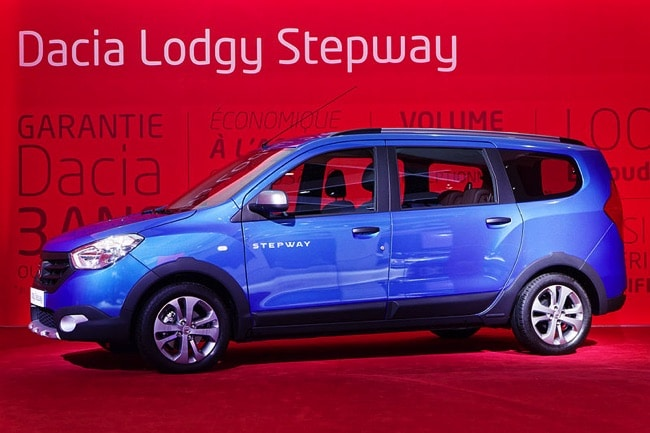 dacia lodgy stepway l 39 entr e de gamme du crossover 7 places. Black Bedroom Furniture Sets. Home Design Ideas