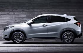 voiture familiale crossover