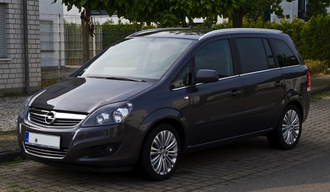 opel zafira b ii une belle modularit et un moteur qui a du punch. Black Bedroom Furniture Sets. Home Design Ideas