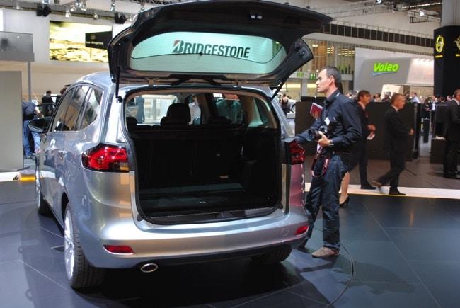 Opel Zafira Suv 2018 >> Opel Zafira C (3) tourer: le monospace 7 places 5 étoiles