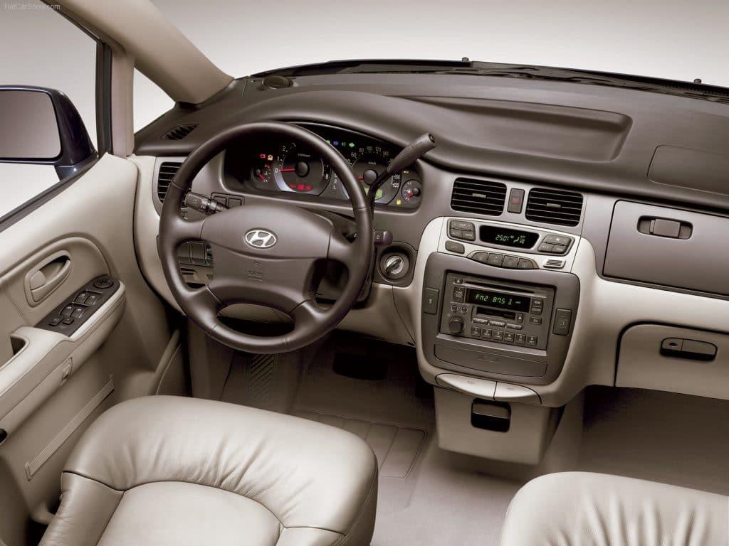 Hyundai trajet 7 places ableau de bord