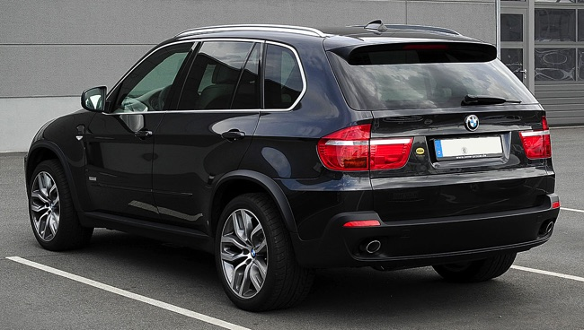 bmw x5 un suv 4x4 de luxe presque 7 places. Black Bedroom Furniture Sets. Home Design Ideas