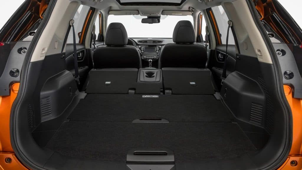 nissan x trail 2017 restyl un suv 7 places assagi. Black Bedroom Furniture Sets. Home Design Ideas